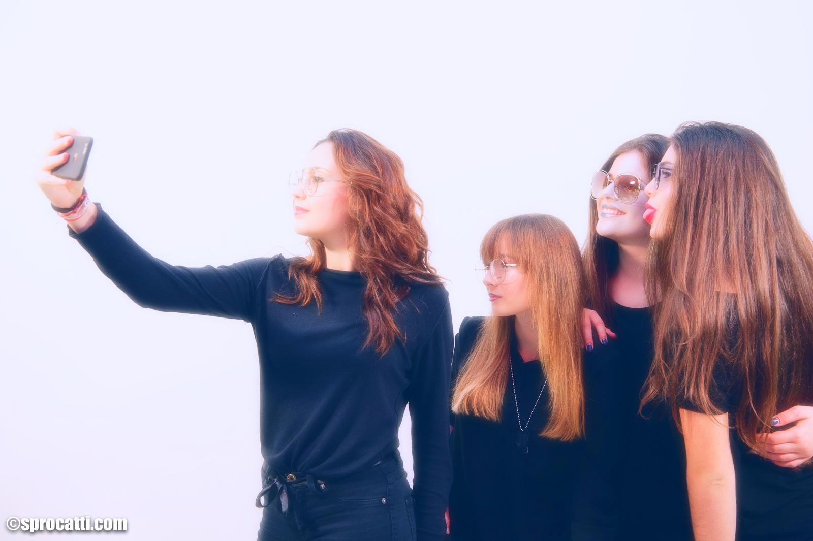 ragazze selfie